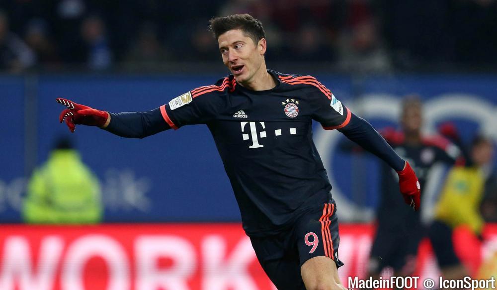 Lewandowski demanderait un pont d'or au Bayern.