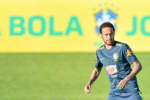Riolo souhaite voir Neymar quitter le PSG.