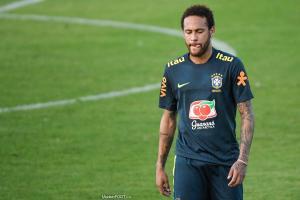 Neymar est accusé de viol.