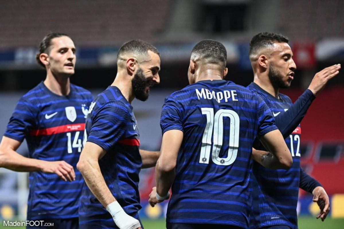 Karim Benzema et Kylian Mbappé en équipe de France