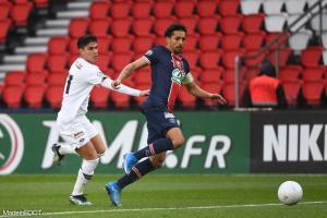 Luiz Araujo au duel avec Marquinhos