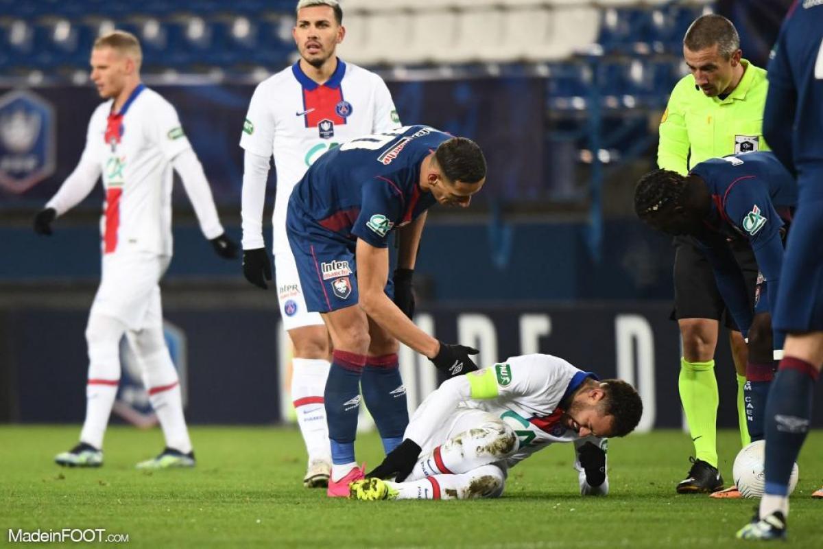 Neymar blessé après un tacle