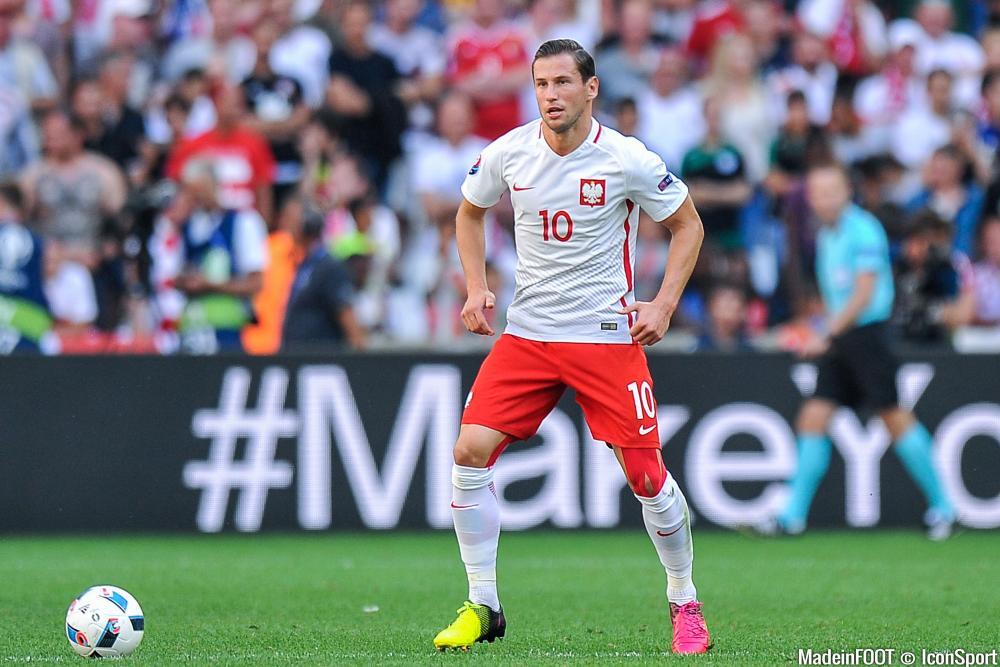 Grzegorz Krychowiak (FC Séville) est une des priorités du PSG.