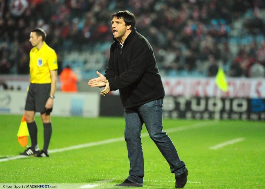 Laurent Fournier a reproché un jeu trop téléphoné aux Parisiens