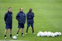 Jean Louis GASSET / Claude MAKELELE - 03.07.2013 - Entrainement du Paris Saint Germain -Centre Technique du Football - Clairefontaine-
