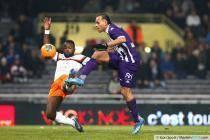 Martin Braithwaite / Siaka Tiene - 08.12.2013 - Toulouse / Montpellier - 17eme journee de Ligue 1 -