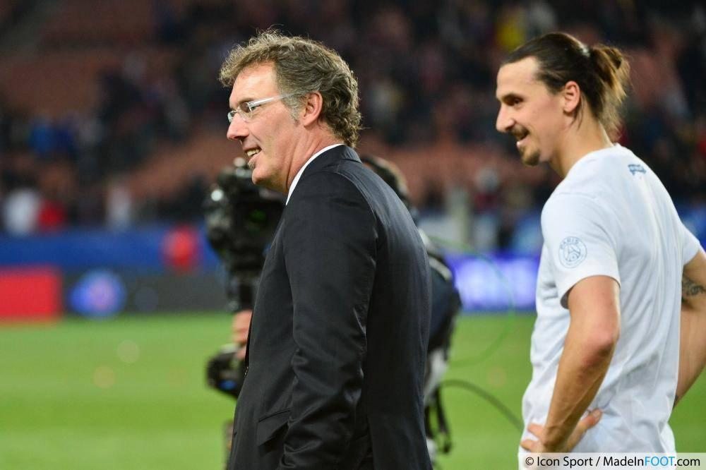 Laurent Blanc (PSG) veut attendre avant de se prononcer sur une possible prolongation d'Ibrahimovic.