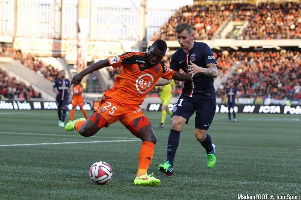 Lucas Digne (PSG) est sous contrat avec le club francilien jusqu'en 2018.