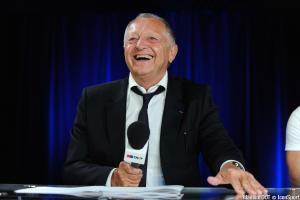 Jean-Michel Aulas toujours sur le dos du PSG ?