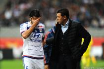 Blessure Milan BISEVAC / Hubert FOURNIER - 03.10.2015 - Lyon / Reims - 9eme journee de Ligue 1