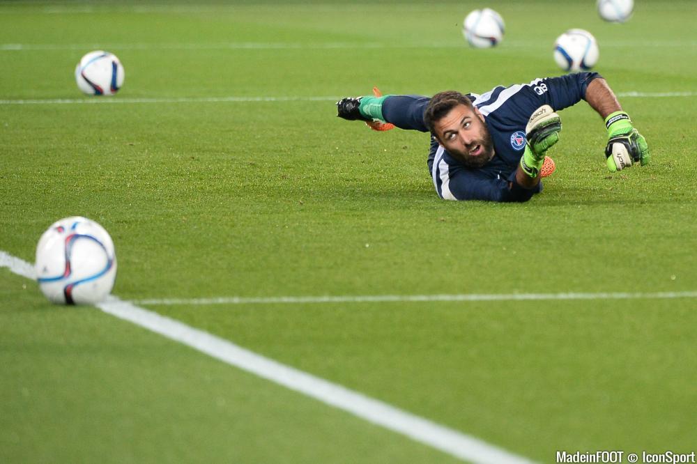 Salvatore Sirigu et le PSG ont souffert pour dominer l'ES Wasquehal (0-1), ce dimanche après-midi.