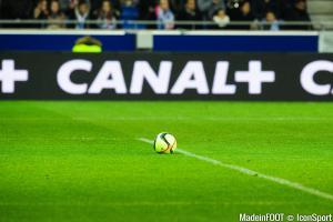 Le supporter frappé par Neymar n'a pas aimé les propos de Pierre Ménès.