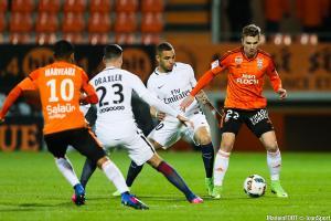Layvin Kurzawa (Paris Saint-Germain), Benjamin Jeannot (Lorient)
