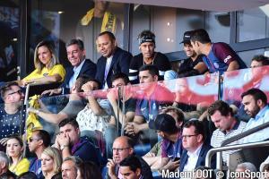 Al-Khelaïfi touché par le père de Neymar
