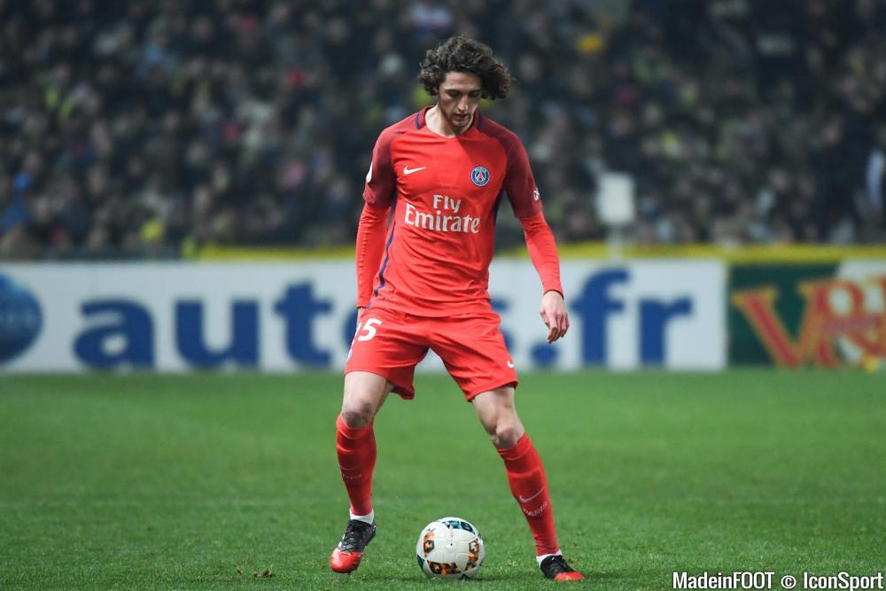 Adrien Rabiot envisage de quitter le PSG un jour.