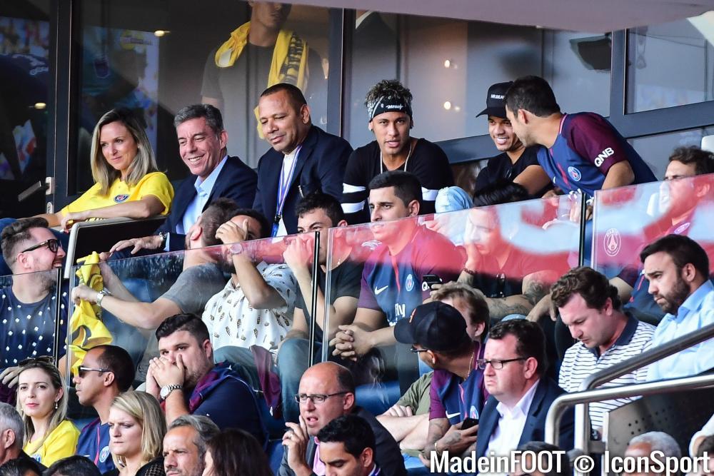 Neymar voulait venir à Paris, son père avait des doutes