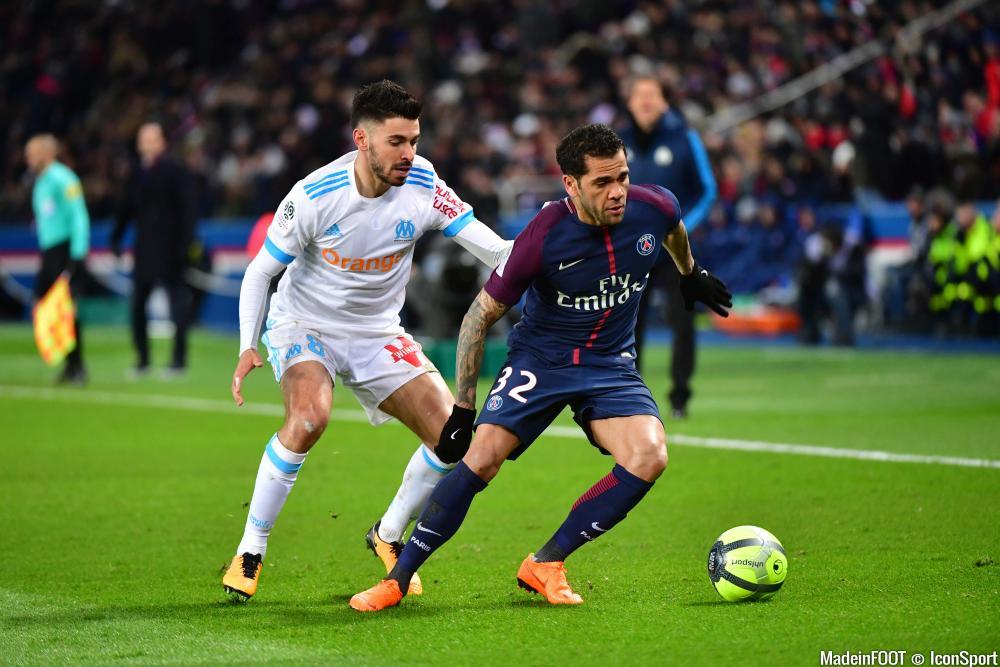 Daniel Alves est lié au PSG jusqu'en 2019.