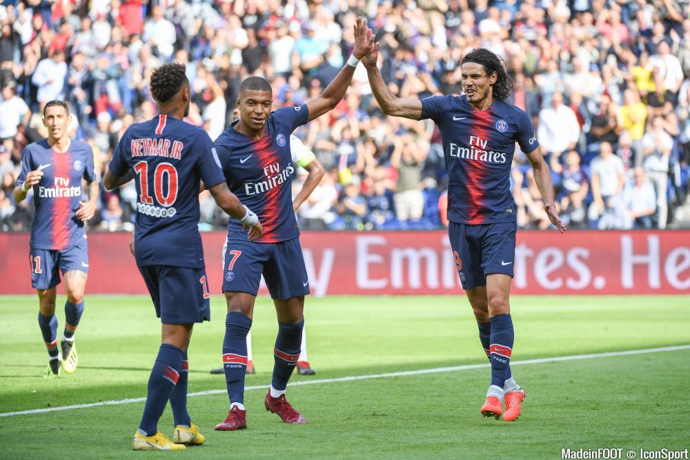 Les compos officielles du match entre le Nîmes Olympique et le PSG.