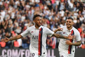 L'album photo du match entre le Paris Saint-Germain et le Racing Club Strasbourg Alsace.