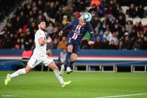 L'album photo du match entre le Paris Saint-Germain et l'Amiens Sporting Club.