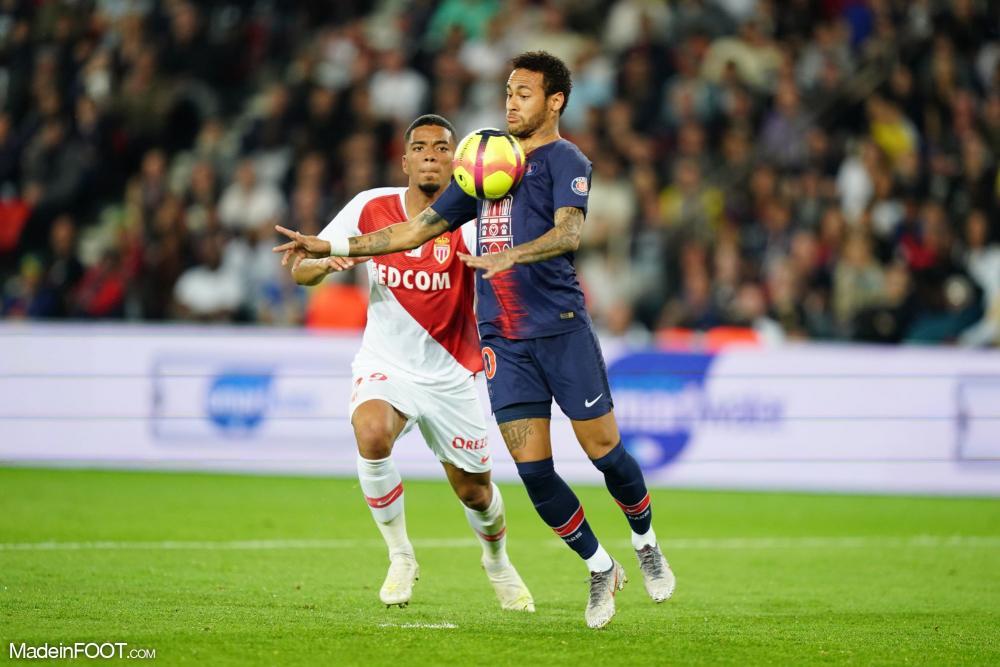 Monaco-PSG pourrait se jouer à la mi-janvier.