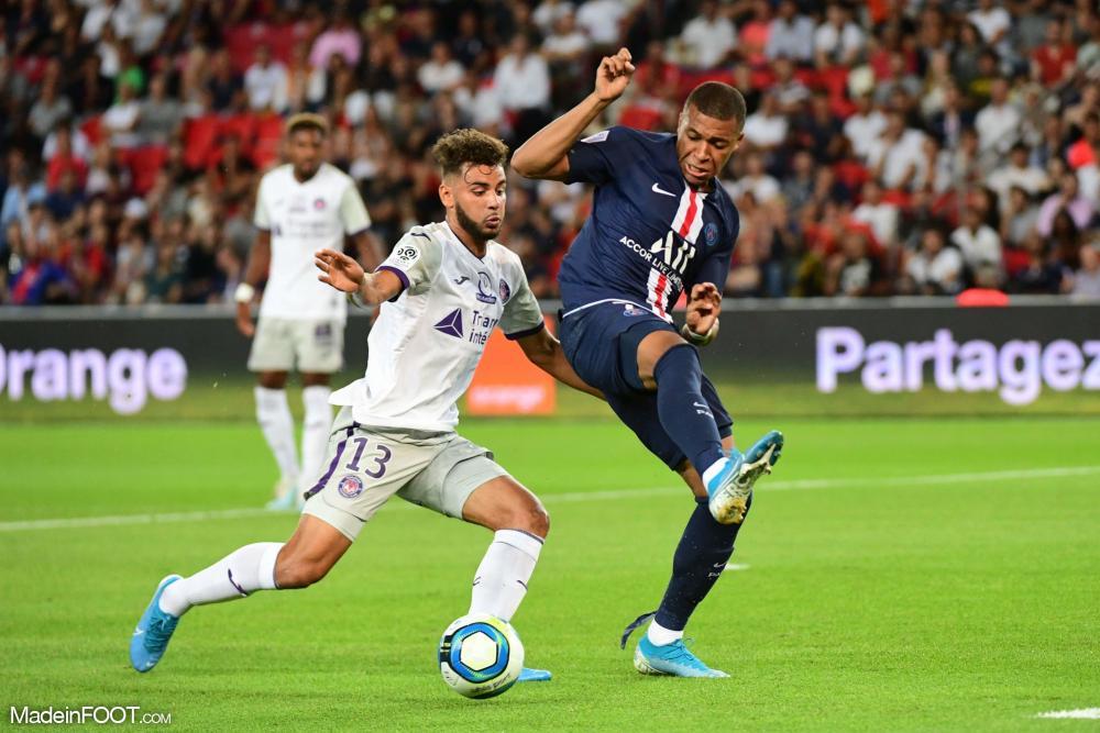 Le PSG a dominé Toulouse (4-0).
