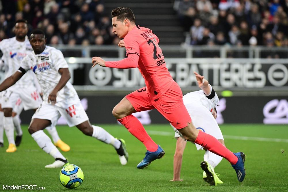 Le Paris Saint-Germain et l'Amiens SC se sont quittés dos à dos (4-4), ce samedi après-midi en Ligue 1.