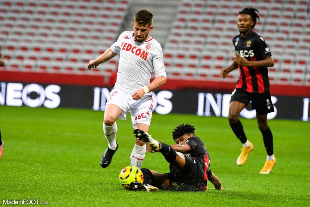 Caio Henrique plait au PSG