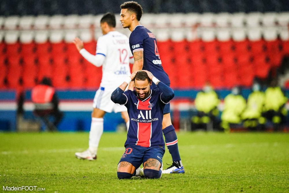 Neymar pourrait être suspendu pour la finale de CDF