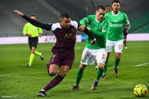 L'album photo du match entre l'AS Saint-Etienne et le Paris Saint-Germain.