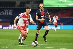 L'album photo du match entre le Paris Saint-Germain et l'AS Monaco.