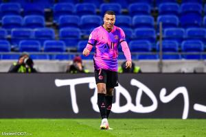 Kylian Mbappe contre Lyon