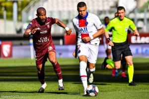 L'album photo du match entre le FC Metz et le Paris Saint-Germain.
