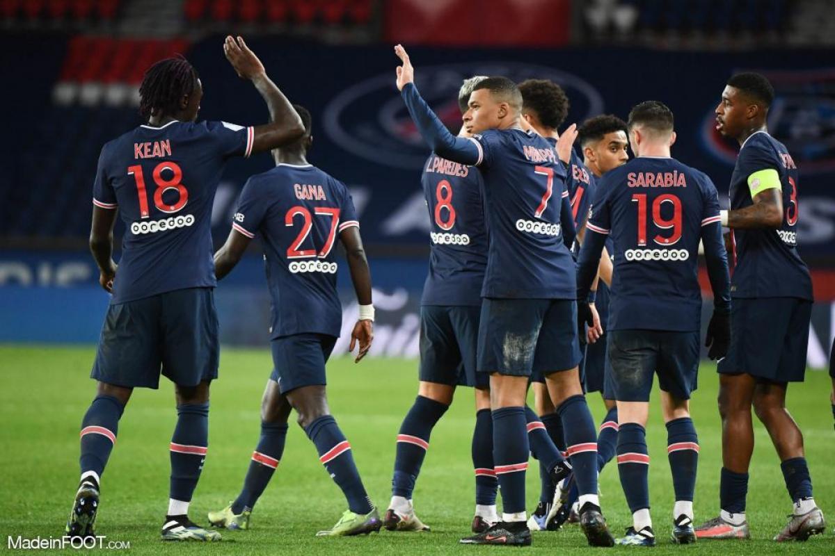 Les joueurs strasbourgeois célébrant un but