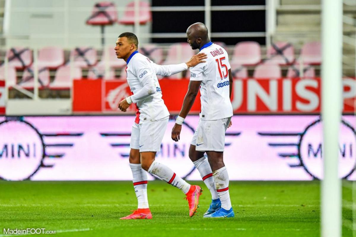 Danilo Pereira et Kylian Mbappé sous les couleurs du PSG