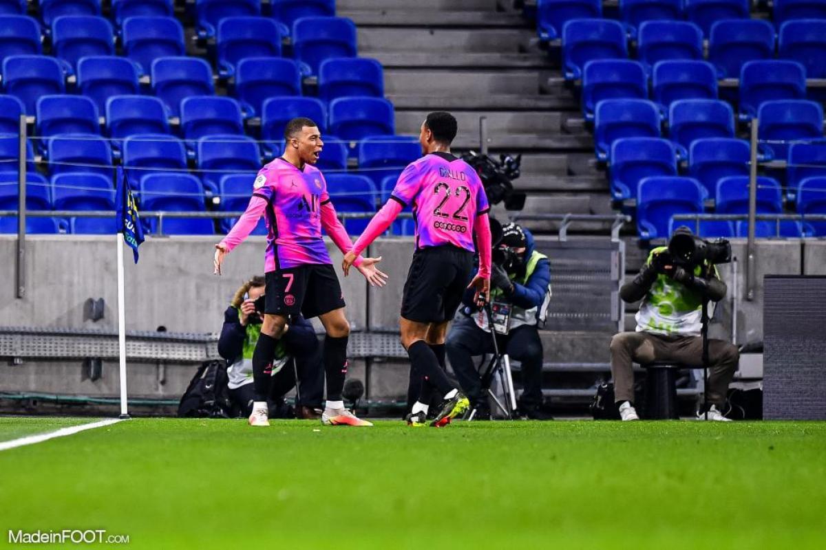 Le PSG s'impose face à Lyon grâce à un bon Mbappé
