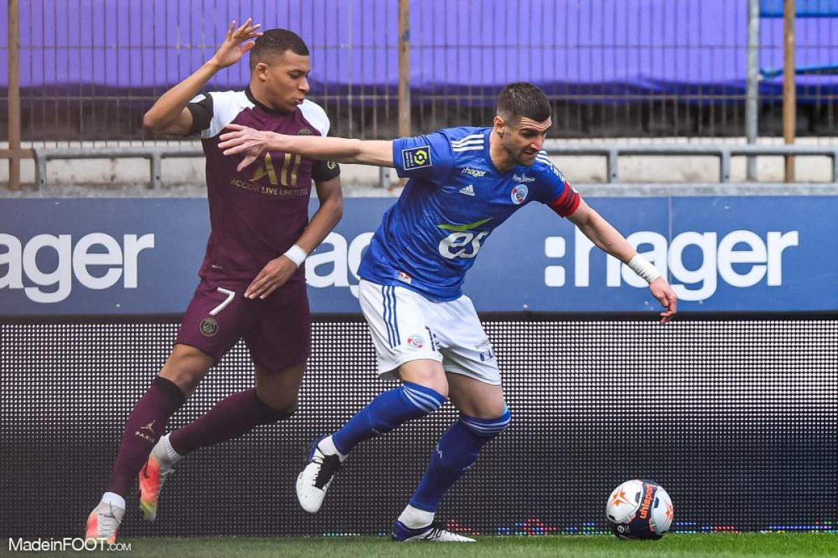 L'album photo du match entre le RC Strasbourg Alsace et le Paris Saint-Germain.