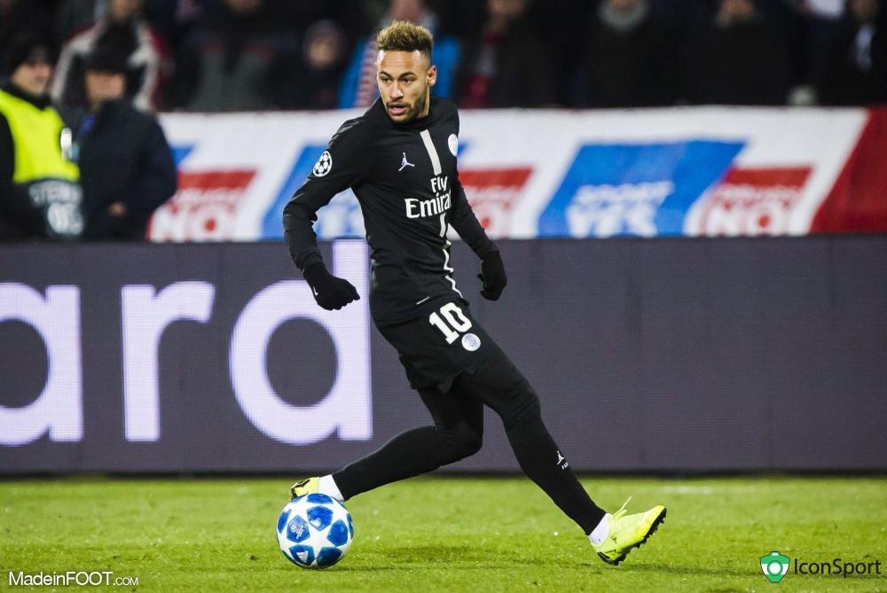 Le père de Neymar est sorti du silence.