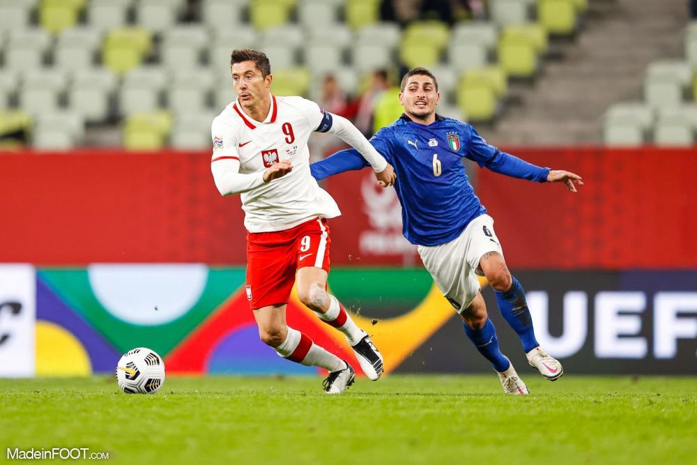 Lewandowski, l'attaquant du Bayern, va manquer les deux matchs face au PSG