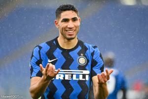 Achraf Hakimi sous le maillot de l'Inter Milan